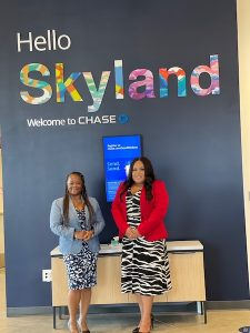 Kristina Sicard and Darla Harris, VP, Sr. Banking Consultants for a new Chase for Business program focused on minority entrepreneurs at the Chase Skyland Community Branch. (Courtesy of JPMorgan Chase)