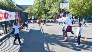 Capital City Go-Go held a youth clinic at Mary McLeod Bethune Day Academy Public Charter School on Friday, September 24 with children doing basketball drills with the head coach of Capital City Go-Go and Assistant Coach Rob Dosier. (Anthony Tilghman/The Washington Informer)