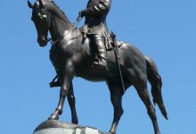 **FILE** Photograph of Monument Ave statue of Robert E. Lee in Richmond, Va. (Hal Jespersen via Wikimedia Commons)