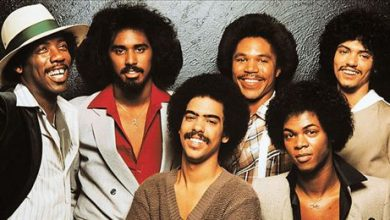 Tommy DeBarge (center) with his Switch bandmates