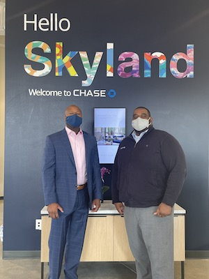 Brian Atkins, community manager, and Jua Williams, branch manager at the Chase Skyland branch